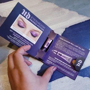 4/$25 Urban Decay Eyeshadow Primer Potion